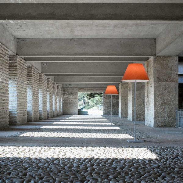 Lampada Grande Costanza Open Air di Luce Plan